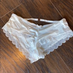 White NWT sz M very sexy cheeky panty